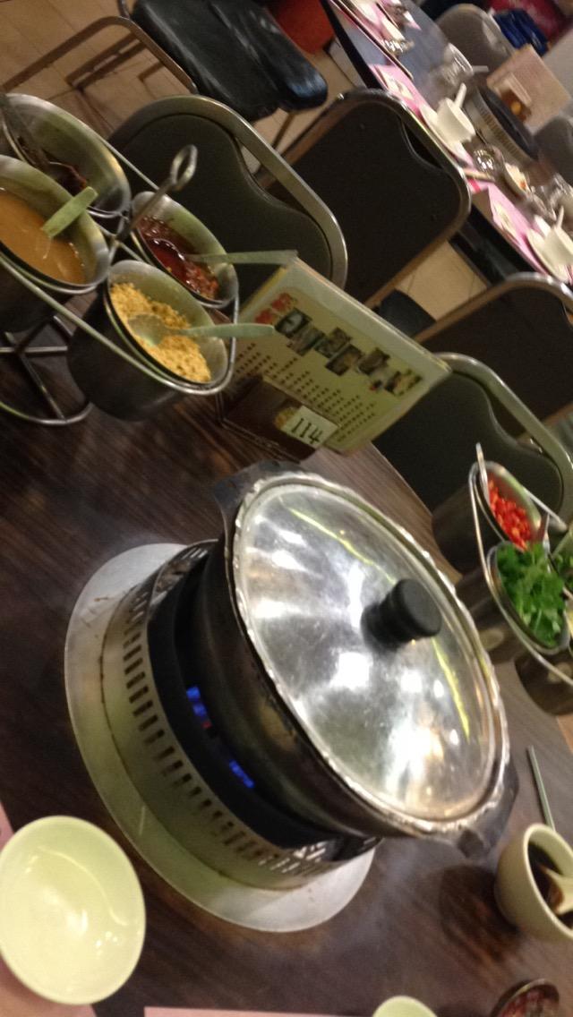 Hot pot – man koker maten selv!