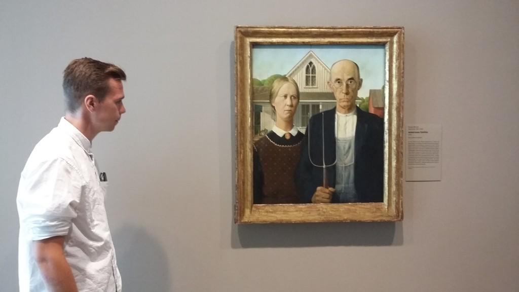 """Grant Woods maleri """"American Gothic"""" er bare et de verdenskjente maleriene i The Art Institutes enorme samling."""